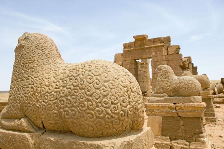 Temple d'Amon sur le site antique de Naga au Soudan (à 170 km au nord-est de Khartoum et 50 km à l'est du Nil) (AFP / BARBIER BRUNO / HEMIS.FR)