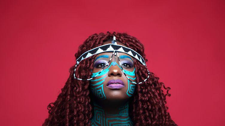 """La Kényane Muthoni Drummer Queen vient de sortir en France son nouvel album, """"She"""". (Peter Mutuma for Phocus Photography)"""