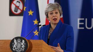 La Première ministre britannique, Theresa May, tient une conférence de presse à l'issue d'un sommet européen à Bruxelles (Belgique), le 11 avril 2019. (DURSUN AYDEMIR / ANADOLU AGENCY / AFP)