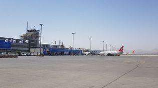 L'aéroport de Kaboul, le 10 septembre 2021. (SAYED KHODAIBERDI SADAT / ANADOLU AGENCY / AFP)