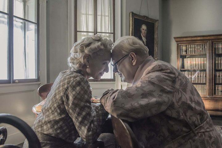 "Kristin Scott Thomas et Gary Oldman dans ""Les Heures sombres"" de Joe Wright  (Universal Pictures International France)"