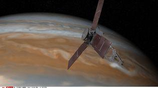 Une représentation de la sonde Juno, parvenue à se mettre en orbite de Jupiter, le 5 juillet 2016. (AP / SIPA)