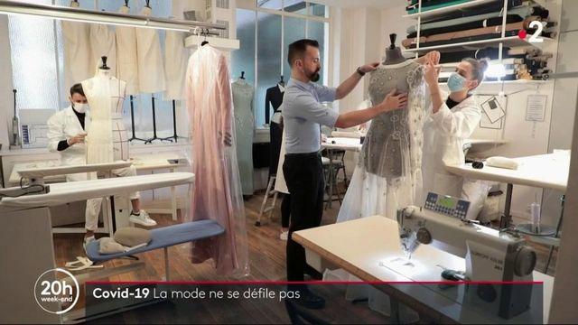Mode : les maisons de haute couture tentent de s'adapter à la pandémie de Covid-19