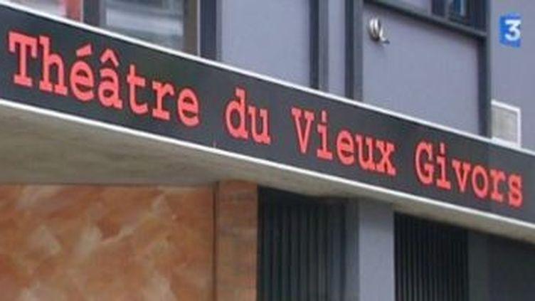 """Locus Solus  garde """"La tête dans les étoiles"""" au  Théâtre du Vieux Givors  (Culturebox)"""
