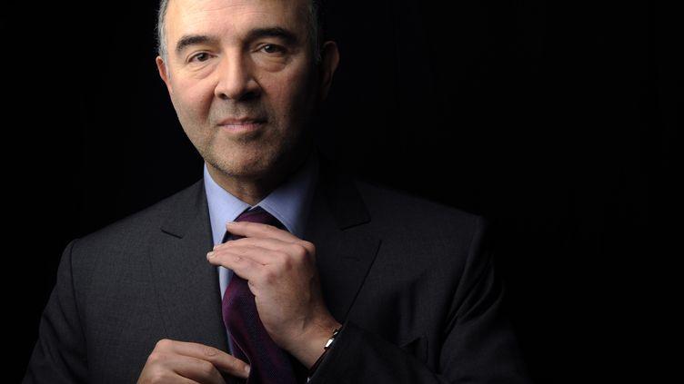 Pierre Moscovici, le directeur de campagne de François Hollande, le 11 janvier 2012 au QG du candidat socialiste à la présidentielle (Paris). (FRED DUFOUR / AFP)
