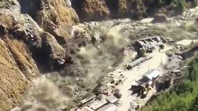 Inde : une vallée engloutie après la rupture d'un glacier de l'Himalaya (France 2)