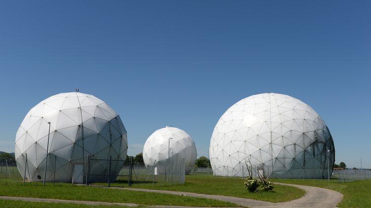 La station d'écoutes de Bad Aibling, en Bavière (Allemagne), le 6 juin 2014. (CHRISTOF STACHE / AFP)