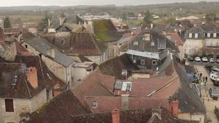 Le village de Martel (Lot) (CAPTURE D'ÉCRAN FRANCE 3)