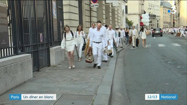 Paris : le dîner en blanc fête ses 30 ans aux Invalides