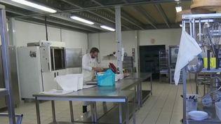 Coronavirus: le chômage partiel, un recours impossible pour certaines PME (FRANCE 2)