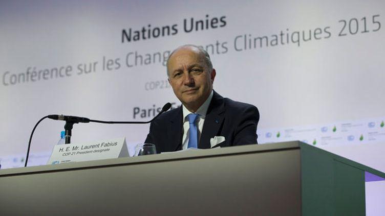 (Laurent Fabius a présidé une première séance de travail ce dimanche au Bourget, avant l'ouverture officielle de la COP21. © Maxppp)