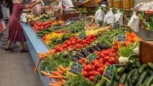 Photo d'un marché à Lille. (PHILIPPE HUGUEN / AFP)