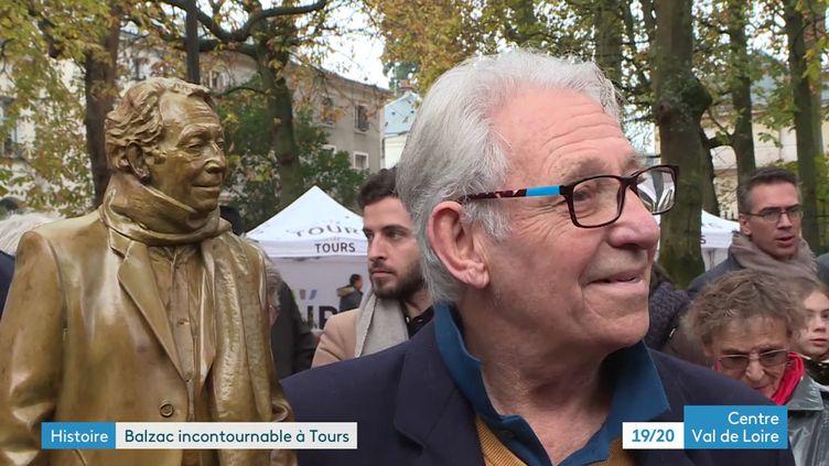Une statue de La Comédie humaine et son modèle (G Soudat France 3 Centre- Val de Loire)