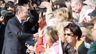L'ancien président de la République Jacques Chirac à Cannes (Alpes-Maritimes), le 15 février 2007. (PATRICK KOVARIK / AFP)