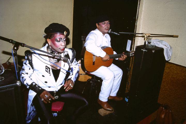 Luiz Antonio et Rolando Faria, le duo des Étoiles, en 1989 sur la scène du Discophage, à Paris (ÉRIC MARCEL)