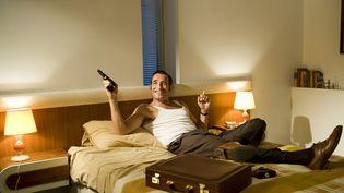 "Jean Dujardin dans ""OSS 117 : Rio ne répond plus"", de Michel Hazanavicius,sorti en 2009. (EMILIE DE LA HOSSERAYE / GAUMONT)"