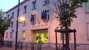 L'hôtel de police de Béziers (Hérault), le 26 mars 2002. (MAXPPP)
