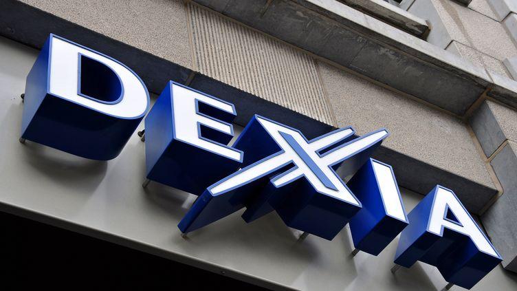 Le logo de la banque franco-belge Dexia, à Tournai (Belgique), le 5 octobre 2011. (PHILIPPE HUGUEN / AFP)
