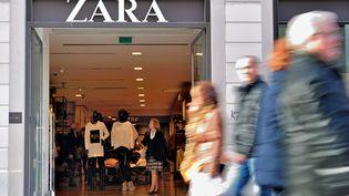 Un magasin Zara à Lille (Nord), le 24 février 2014. (PHILIPPE HUGUEN / AFP)