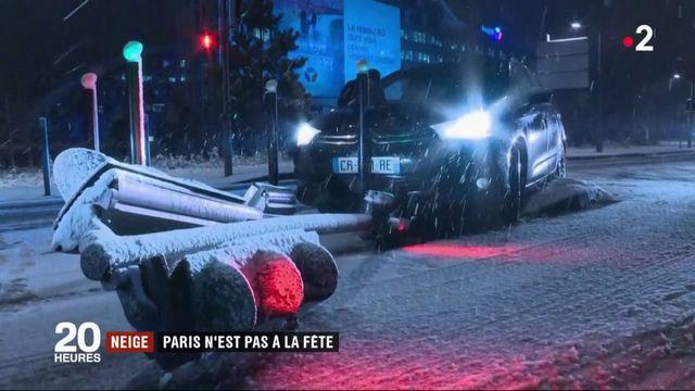 Intempéries : Paris paralysée par la neige