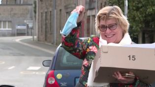 Le préfet du Morbihan a lâché la pression : dans les communes les plus petites, le port du masque n'est plus obligatoire depuis le milieu de la semaine. (France 3)