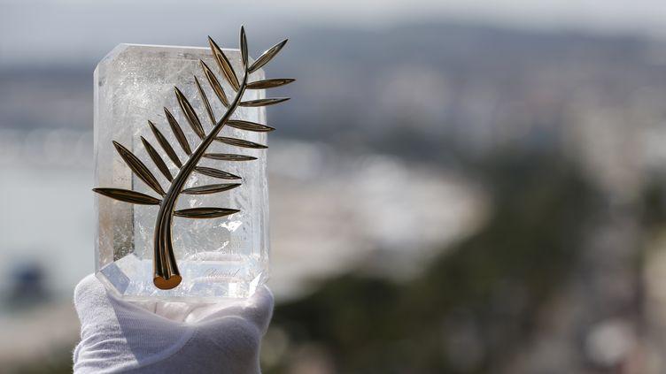 Une représentation de la Palme d'or, la récompense ultime du Festival de Cannes, le 7 mai 2018. (REGIS DUVIGNAU / REUTERS)