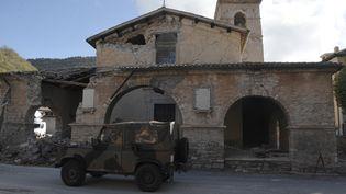L'église de Borgo Sant'Antonio, près de Visso (Italie), a été endommagée par les séismes du 26 octobre 2016. (TIZIANA FABI / AFP)