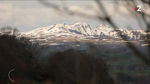 Auvergne : la vie des communes isolées du massif du Sancy