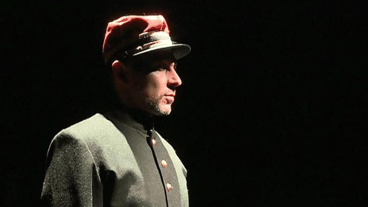 """Joël Abadie dans """"Moi, Alfred Dreyfus""""  (France 3 Culturebox capture d'écran)"""