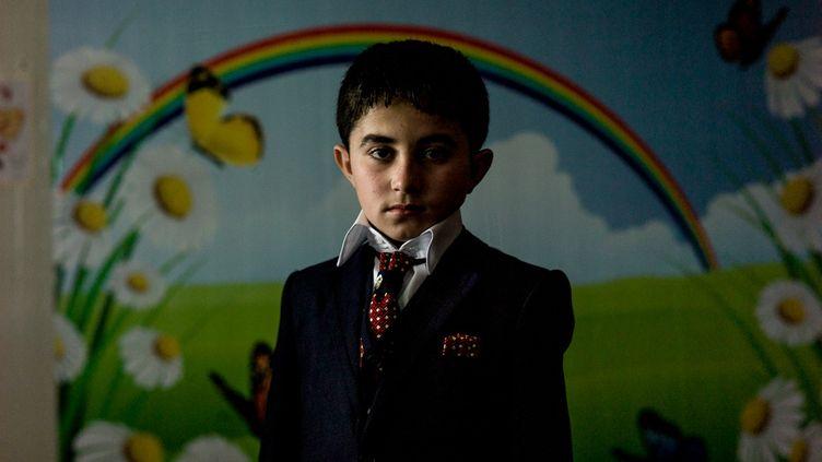 Kinan, 10 ans,vient d'être libéré après avoir passé cinq ans comme esclave de Daech. (MATTHIEU MONDOLONI/RADIOFRANCE)