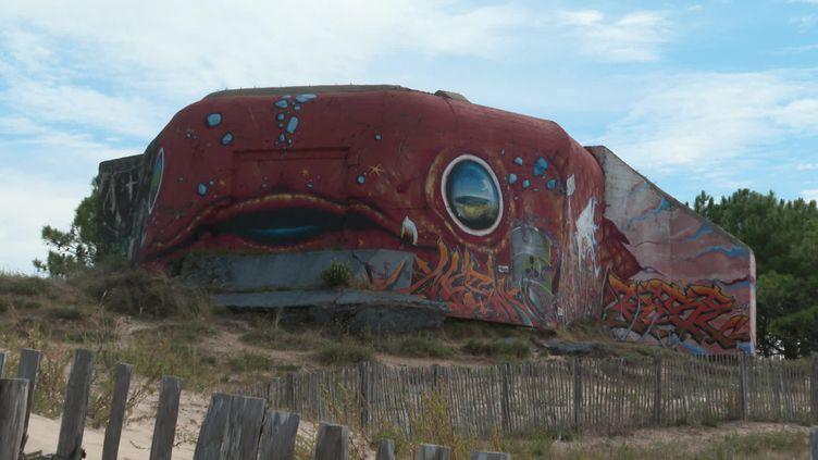 Les blockhaus de la plage de Saint-Palais-sur-mer (Charente-maritime) nouveau terrain de jeu du street art (France 3 Nouvelle Aquitaine)