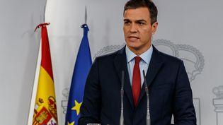 Le président du gouvernement espagnol, Pedro Sanchez, lors d'une déclaration télévisée, samedi 24 novembre 2018 à Madrid (Espagne). (STRINGER / AFP)