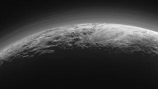 Une photo de Pluton capturée par la sonde New Horizons et diffusée le 18 septembre 2015. ( NASA)