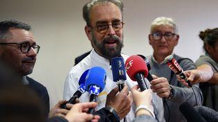Denis Malvy,responsable de l'unité maladies tropicales et du voyageur du CHU Pellegrin de Bordeaux (Gironde), le 27 janvier 2020. (NICOLAS TUCAT / AFP)