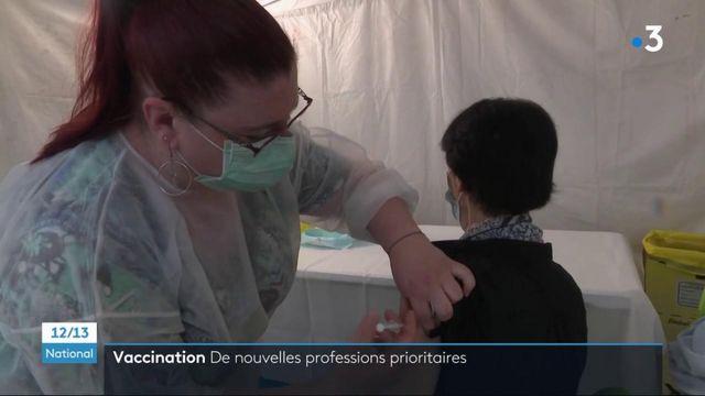 Vaccin contre le Covid-19 : de nouvelles professions, exposées pendant la crise, seront prioritaires