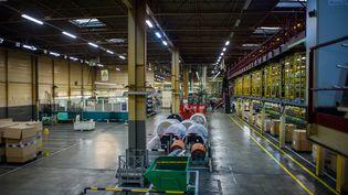 Une usine vide de son personnel pour cause de chômage partiel. Photo d'illustration. (GUILLAUME SOUVANT / AFP)