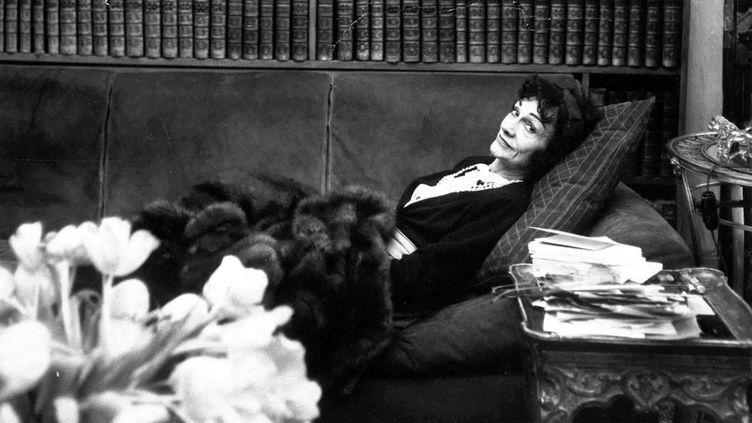 Coco Chanel dans son salon de la rue Cambon  (LEVY/ASSOCIATED PRESS/AP/SIPA)