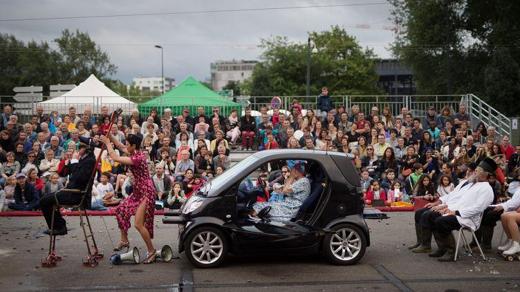 Spectacle Royal de Luxe à Nantes, juillet 2017..  (JEAN-SEBASTIEN EVRARD / AFP)