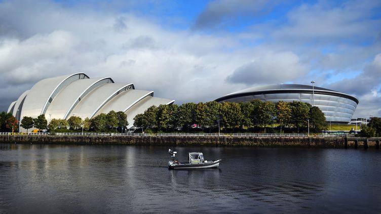 Le centre de conférence où doit se dérouler la COP26, le 4 octobre 2021 à Glasgow (Ecosse). (ANDY BUCHANAN / AFP)