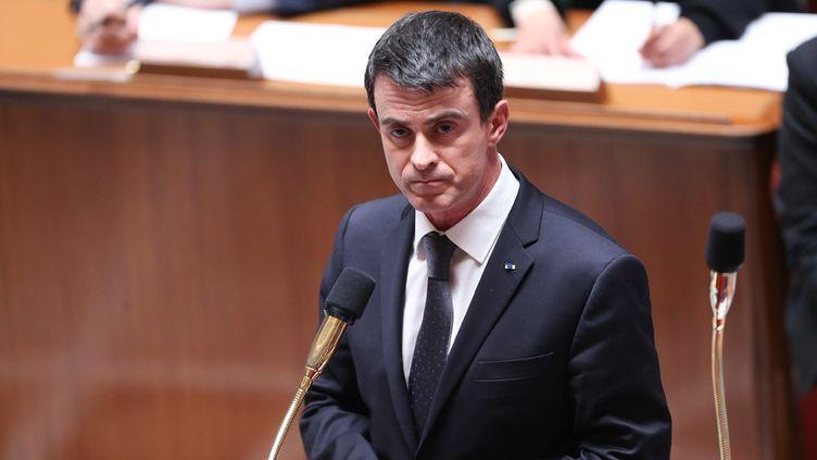 (Manuel Valls est notamment prêt à laisser tomber les mesures concernant les apprentis © MaxPPP)