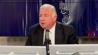 """Gérard Larcher,président LR du Sénat, était l'invité du """"8h30 franceinfo"""", mardi 12 octobre 2021. (FRANCEINFO / RADIOFRANCE)"""
