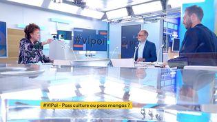 Roselyne Bachelot était l'invitée de Votre Instant Politique sur franceinfo canal 27. (FRANCEINFO)