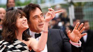 Charlotte Gainsbourg, accompagnée de l'acteur espagnol Javier Bardem, ontouvert cette 72e édition du festival de Cannes. (CHRISTOPHE SIMON / AFP)