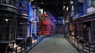 Diagon Alley, l'un des décors du monde de Harry Potter accessibles aux fans, à Londres (26/03/2012)  (AFP / Carl Court)
