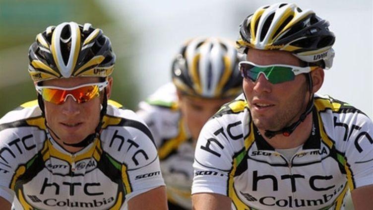 Mark Renshaw aux côté du leader de la formation HTC, Mark Cavendish
