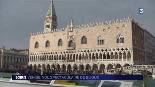 Vol spectaculaire de bijoux à Venise