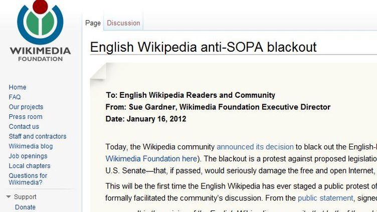 """Capture d'écran du message publié par Wikipedia le 16 janvier 2012, pour annoncer le """"black-out"""" de sa version anglaise. (FTVi)"""