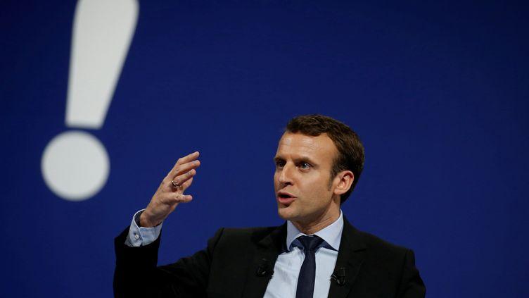 Emmanuel Macron, le 14 février 2017 à Lille (Nord). (PASCAL ROSSIGNOL / REUTERS)