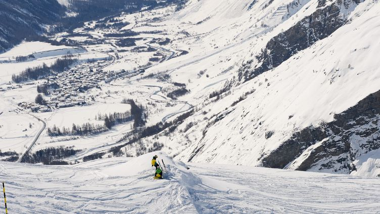 Météo France a placé les Alpes-Maritimes et la Savoie en vigilance orange, le 28 février 2016, en raison du risque d'avalanchedans les massifs de la Haute-Maurienne et du Mercantour (photo d'archives). (MAXPPP)