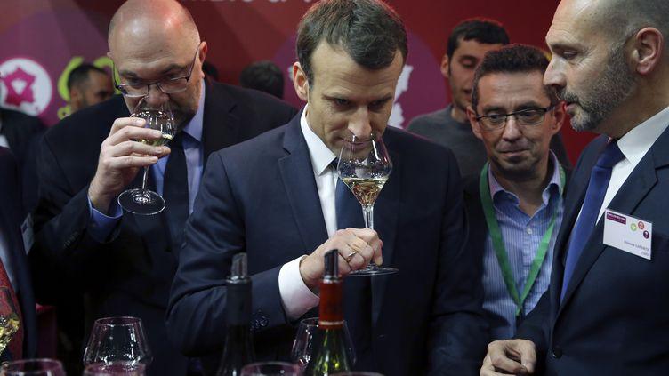 Emmanuel Macron lors du Salon de l'Agriculture, le 24 février 2018, à Paris. (STEPHANE MAHE / POOL)